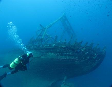 realiza nuestro curso Advance Open Water Diver y explora ruinas submarinas